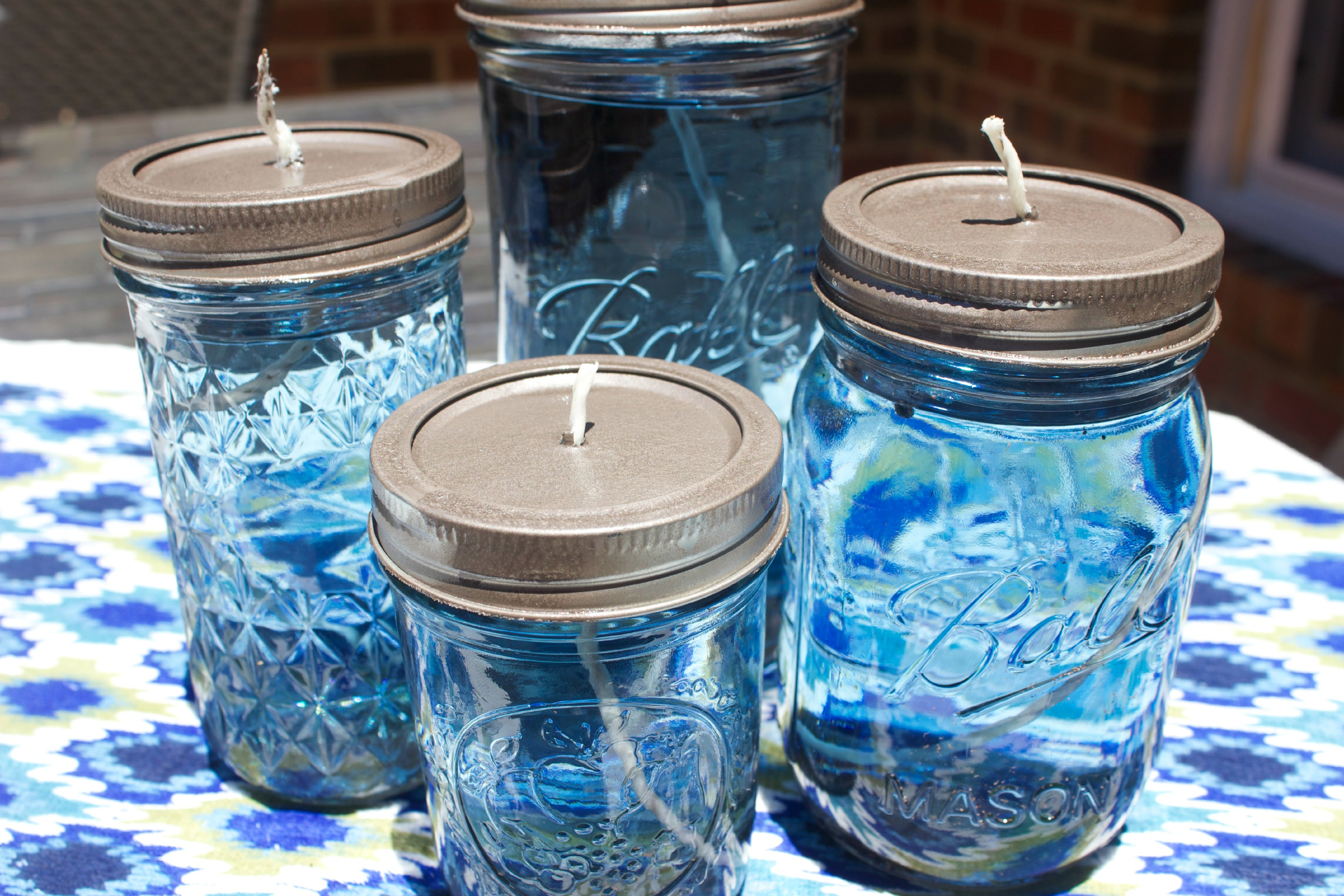 DIY Citronella Mason Jar Candles  The Everyday Home Blog  www.everydayhomeblog.com (14)