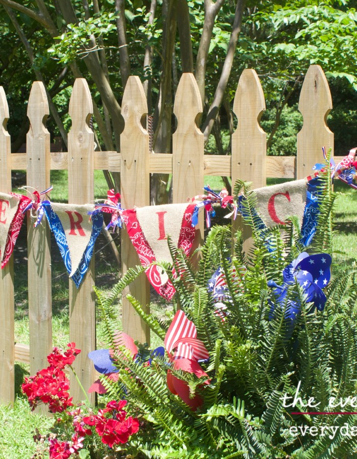 July 4th Americana No Sew Burlap Banner by The Everyday Home